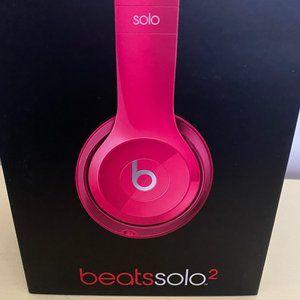 NEW Beats Solo2-NIB by Dr. Dre 🎵🎵🎵